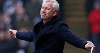 Hard to see a route back to management for Pardew - Wright 2