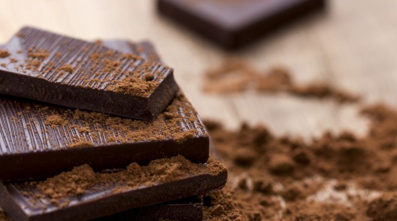 Eating the right kind of dark chocolate will improve your life 4