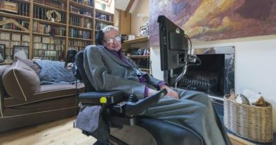 Stephen Hawking's Memorial Service Will Be Open to Time Travelers 5