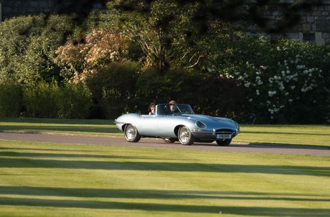 The Weird Detail You Might Have Missed About Prince Harry's Wedding Reception Car 11
