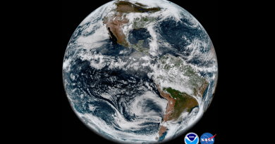 A Weather Satellite Just Beamed Down Absolutely Gorgeous Photos of Earth 3