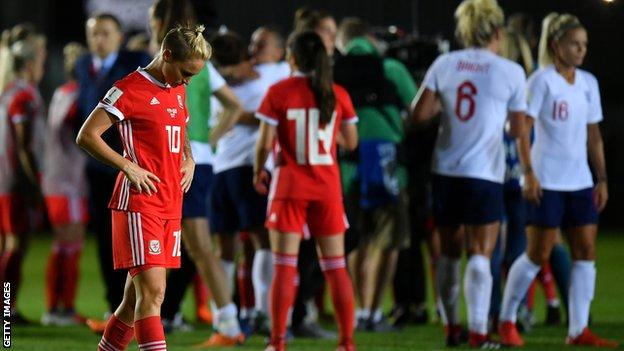 England beat Wales to reach 2019 Women's World Cup 15