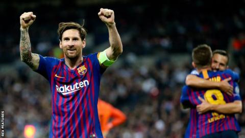 Messi scores twice as Barca hold off Spurs comeback 19