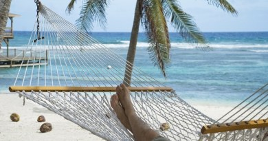 Cayman Islands welcomes strong visitor figures for 2018 2