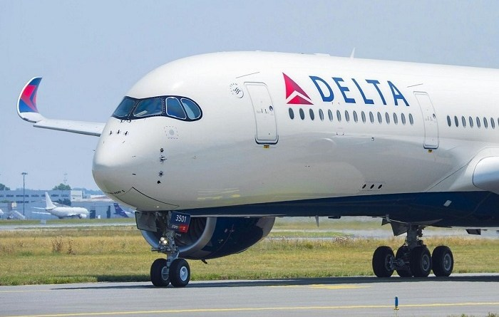 Rising fuel prices drive down profits at Delta Air Lines 3