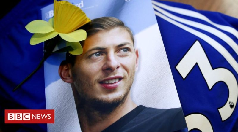 Emiliano Sala: Body identified as Cardiff City footballer 1