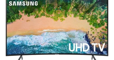 "This 65"" Samsung 4K HD TV Is 50 Percent Off Today Only 3"