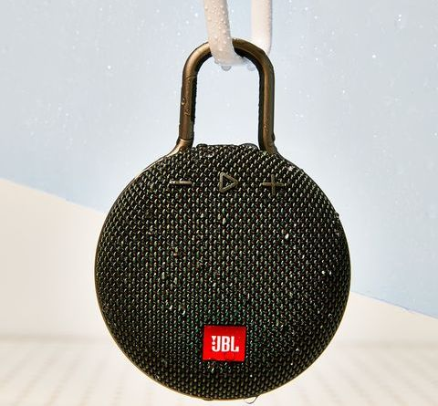 JBL's Wireless Speakers Will—Not to Exaggerate—Revolutionize Your Shower Time 12