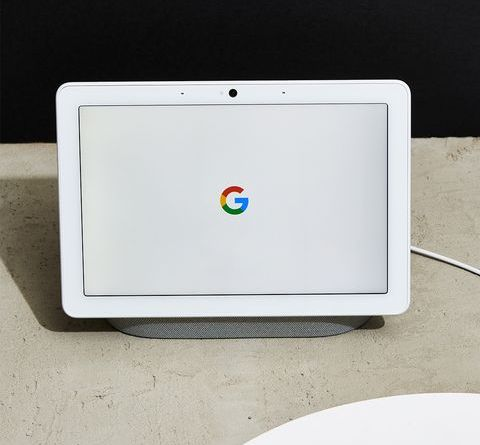 The Google Nest Hub Max Is Both Stylish and Crazy Smart 4