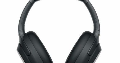 Sony's Best Noise-Cancelling Headphones Are Over $70 Off Now 4