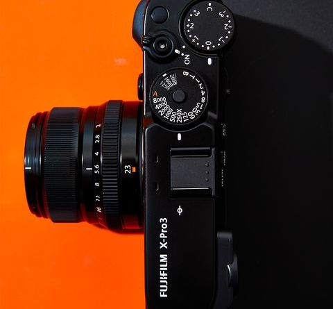 Fujifilm's X-Pro3 Is a Gorgeous Digital Camera That'll Reacquaint You With a Viewfinder 8