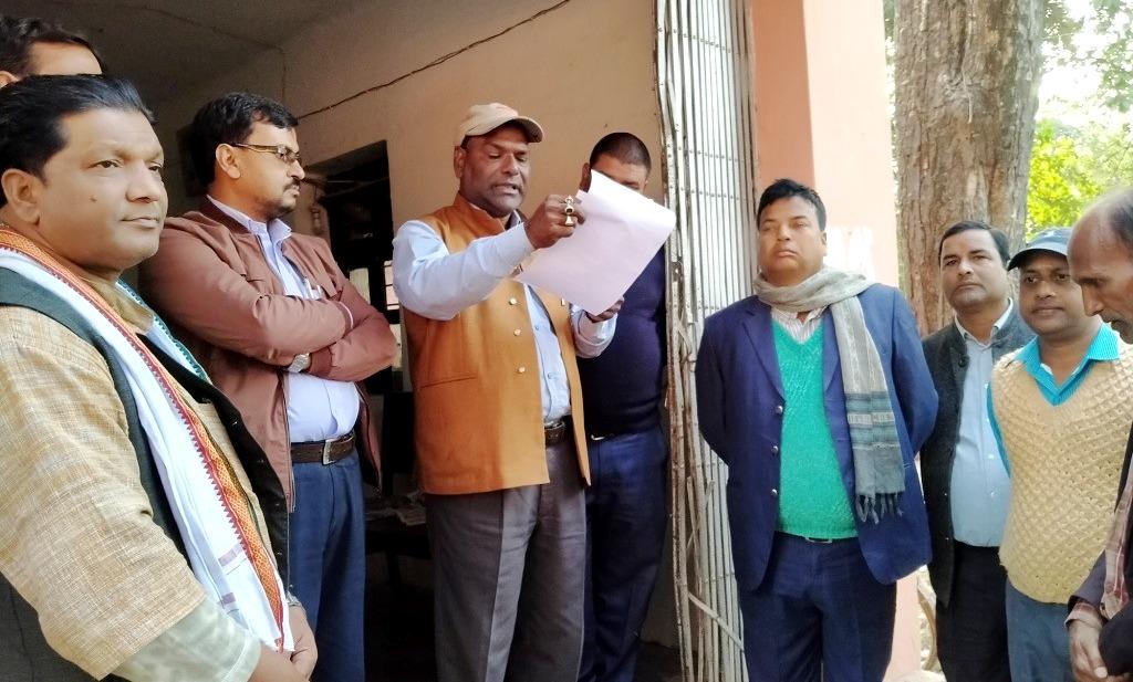 रामराजा सिंह प्रतिष्ठान निर्माण कार्यलाई अगाडि बढाउन प्रमलाई ज्ञापन–पत्र