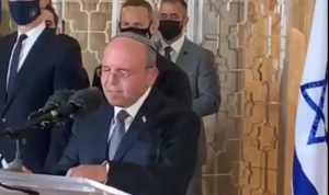 Meir Ben-Shabbat s'adresse en arabe