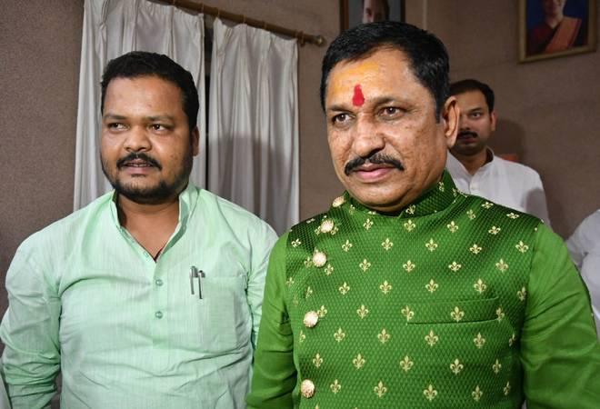 Sharad-Kol-Narayan-Tripathi-BJP