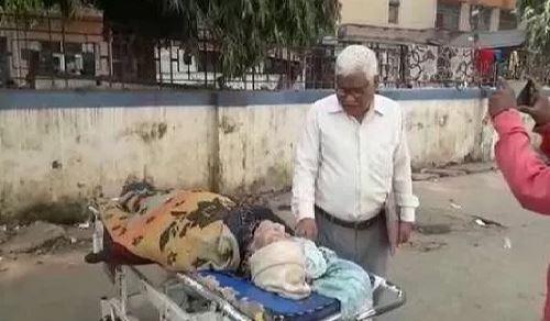PMCH-could-not-PROVIDE-Ambulance-to-body-of-mathematician-Vashistha-Narayan-Singh-ni24news