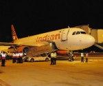 BIAL_first_flight_landing_Air_India_may08