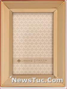 Gold Metal Classic Bevel Lawrence Picture Frame