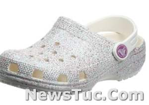 Light and easy to wear Crocs Unisex-Child Kid's Classic Glitter Clog shoes