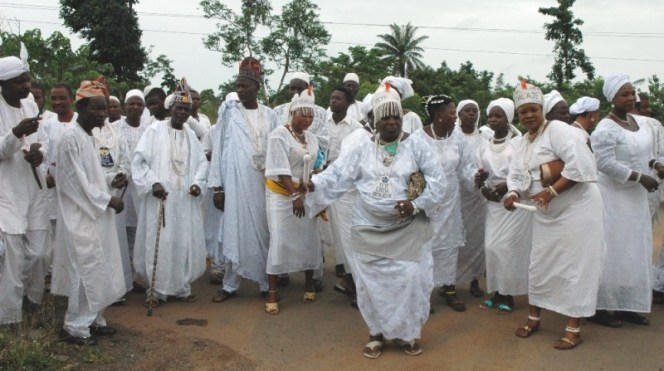 A cross section of Yeye Olojas of Ile Ife during the arrival of new Ooni of Ile Ife