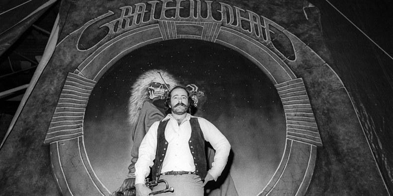 Robert Hunter, Grateful Dead Lyricist, Dies at 78