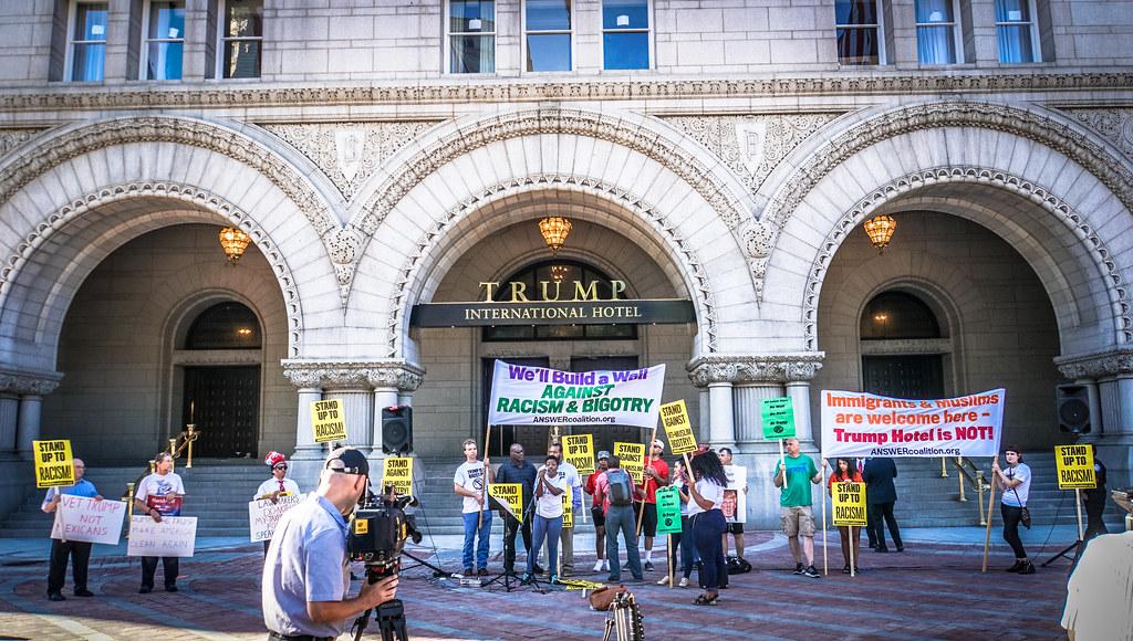 Trump Organization considers selling D.C. hotel