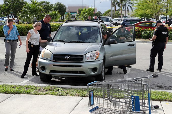 GUNZ! Florida Boy, 3, shoots his mom in car parked at shopping plaza