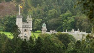 Queen's Balmoral Estate turned into open toilet by 'utterly selfish and despicable' people!