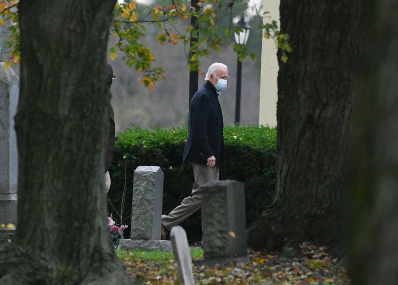 Trump Supporters Mock Biden Visit to Family Grave on Anniversary of Deadly Crash
