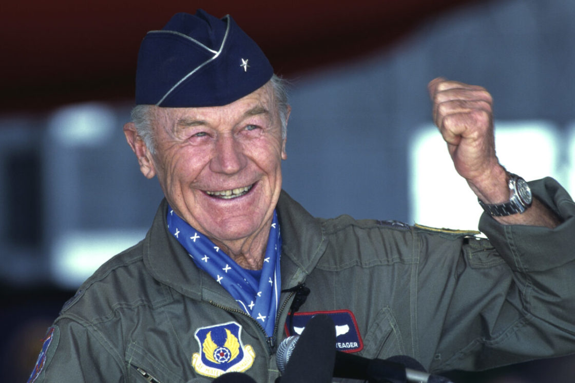 Chuck Yeager, groundbreaking test pilot who first broke sound barrier, dies at 97