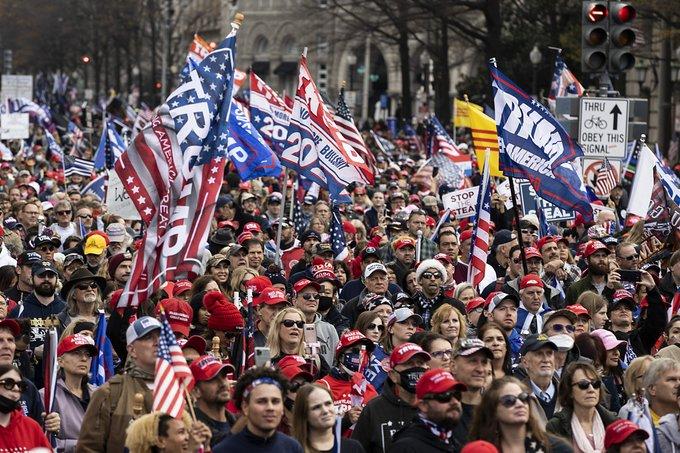 Pro-Trump Rally Chants 'Destroy the GOP'