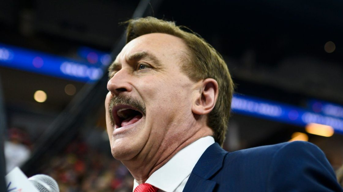 'MyPillow Guy' Wigs Out At Trump Rally