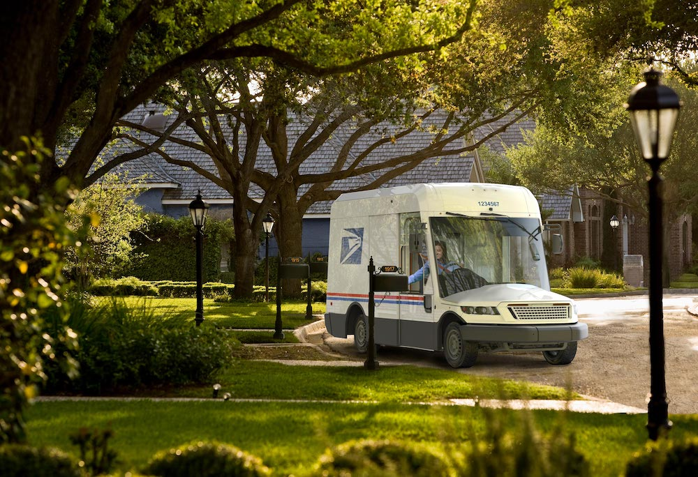 USPS Selects Wisconsin's Oshkosh Defense to Build Greener Mail Truck