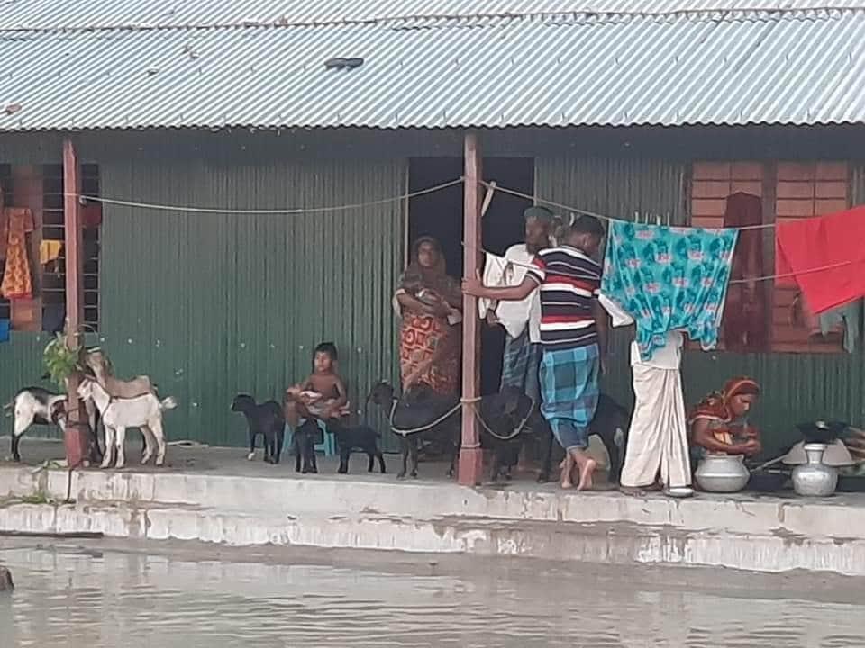 বন্যায় পানি না বাড়লেও ভোগান্তি কমেনি নাগরপুরে