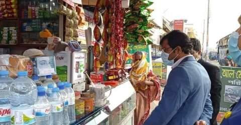 পাবলিক প্লেসে ধূমপান, তামাকজাত দ্রব্যের বিজ্ঞাপন প্রদর্শন করায় মোবাইল কোর্টে অর্থদন্ড প্রদান