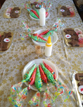 new-sweets-on-the-blog-cookie-decorating-bd-party-ada-plainaki-cookies10