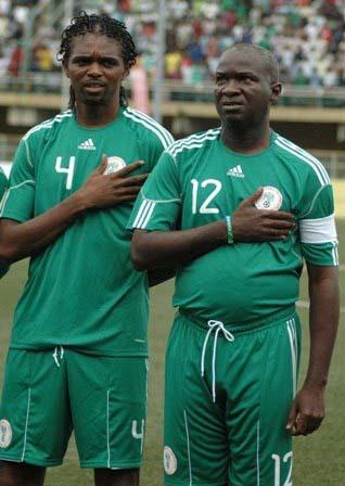 Nwankwo-Kanu-with-Gov.-Babatunde-Fashola