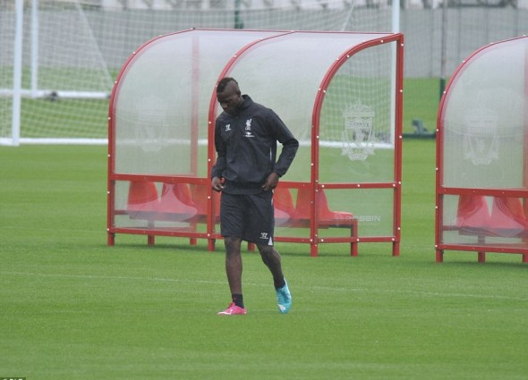 balotelli-liverpool-training-newswirengr