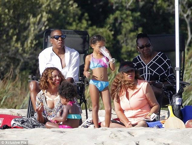 Beyonce-33rd-Birthday-in-France op