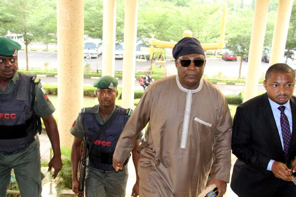 Badeh in court 3