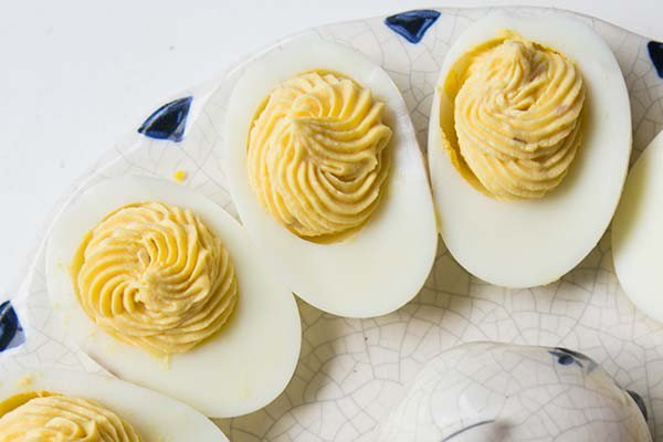How to make deviled eggs pipe filling into the egg white