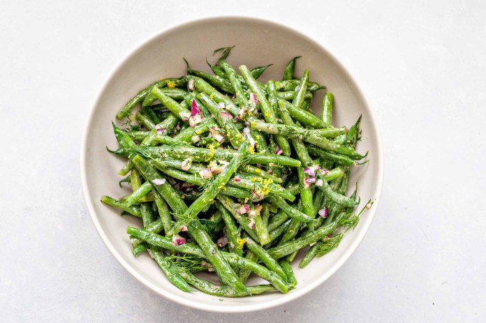 Healthy Vegetable Sides - green beans in a white bowl