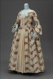 history-of-wedding-dress-18th-century