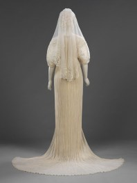 history-of-wedding-dress