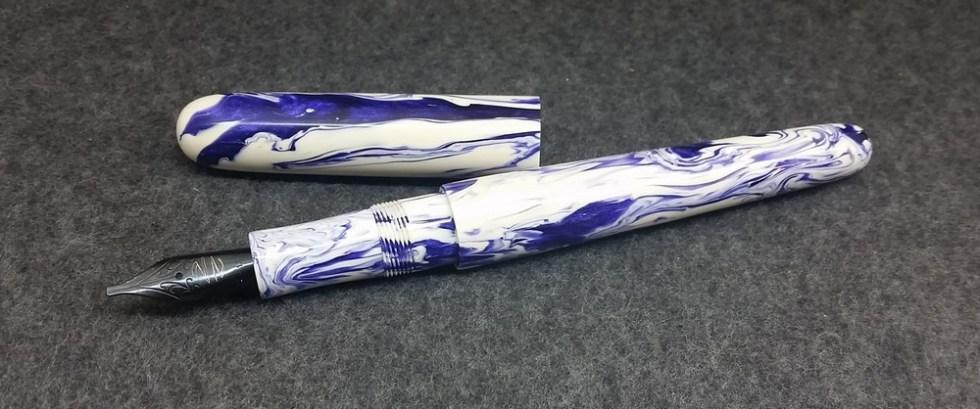 Majestic - Purple Koi Resin - small, standard