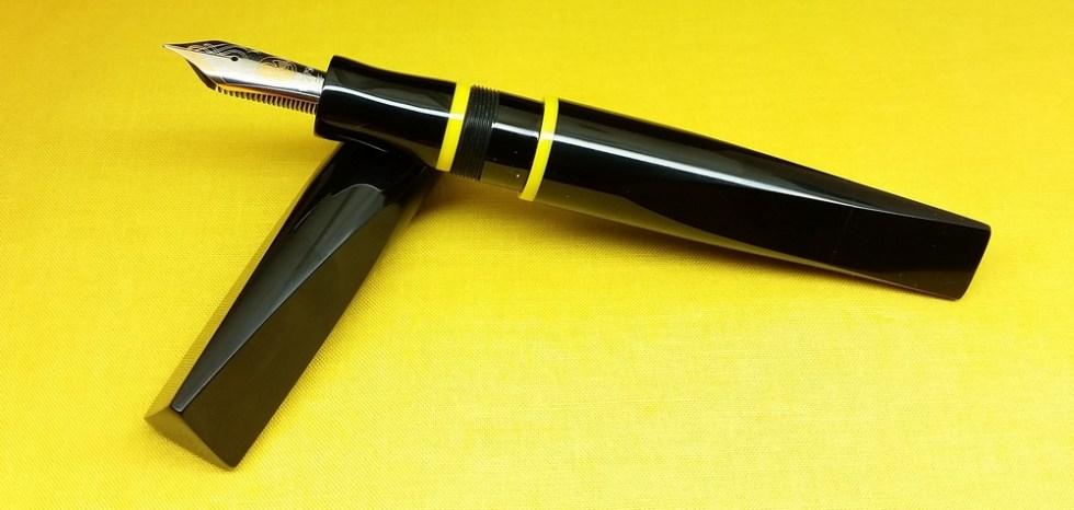 prospector-black-yellow-rings-5.jpg?resi