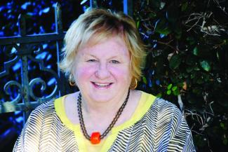 Lin Oliver author photo