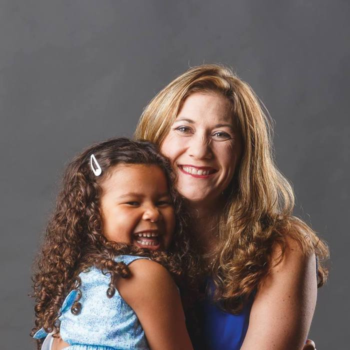 This Single Mother Is Looking To Oust Her Democrat Congresswoman