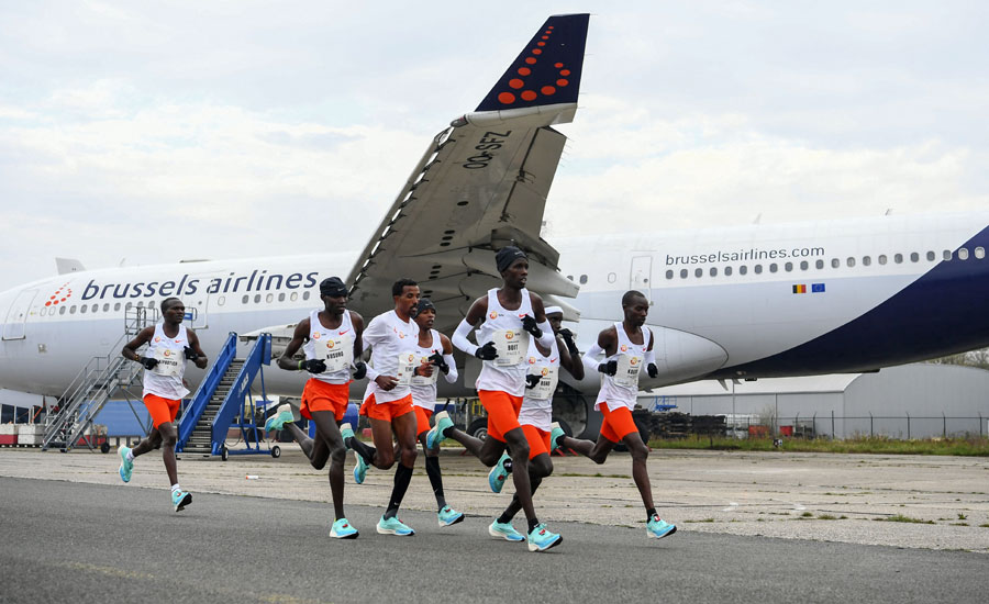 """Runners take part in the """"Hamburg Marathon"""" taking place at the Twente airport in Enschede, the Netherlands"""