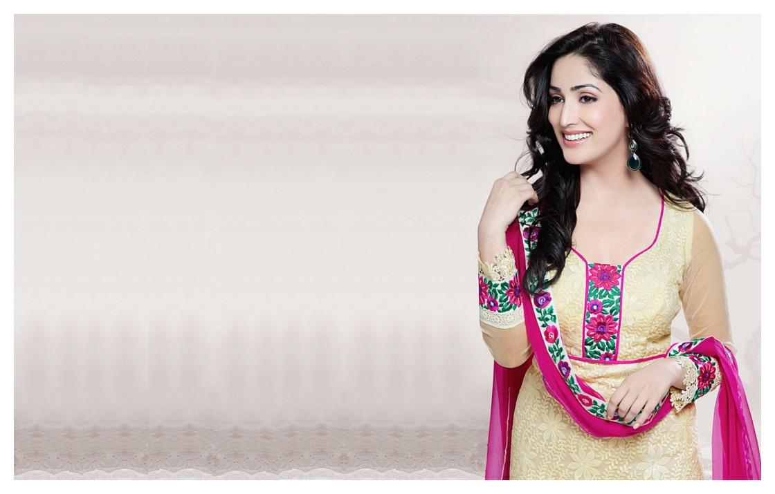 Actress Yami Gautam HD Wallpapers