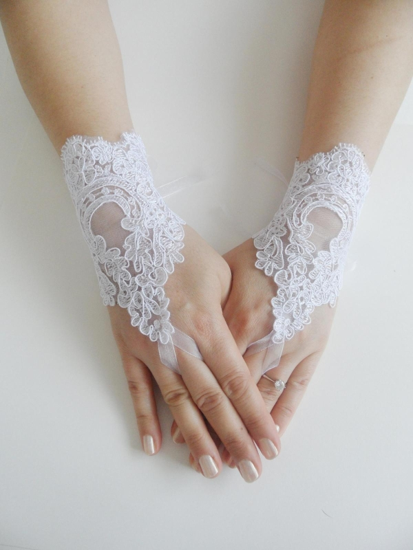 gloves of wedding